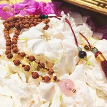 ルドラークシャ ネックレス マーラー 瞑想